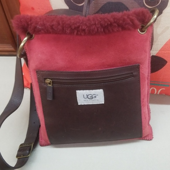7fa133a8216 SALE:UGG Crossbody